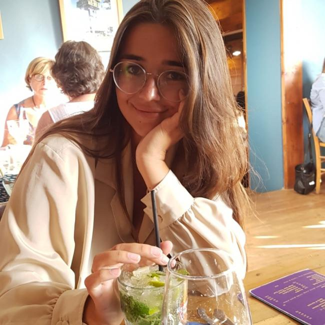 Baby-sitter in Rennes: Eleonore