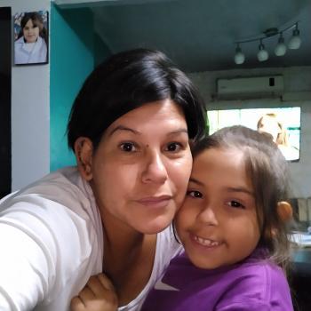Babysitter Avellaneda (Provincia de Buenos Aires): Vanesa Carina