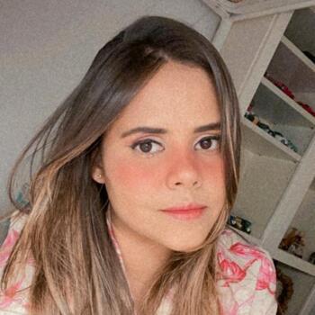 Babysitter em Vila do Conde: Karina