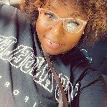 Babysitter in Baton Rouge: Desiree