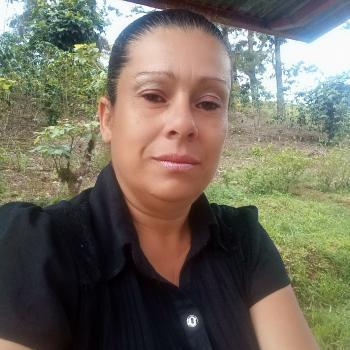 Niñera en Turrialba: Laura