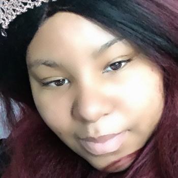 Babysitter in Newark: ShounTasia