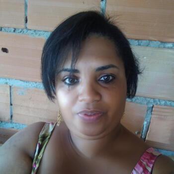 Babysitter in Belo Horizonte: Erica