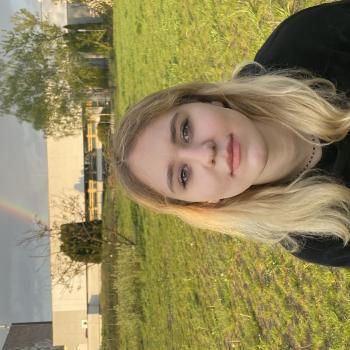 Opiekunki do dzieci w Warszawa: Julia