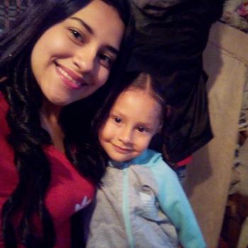 Niñera Santa Fe de Antioquia: Liney Camila