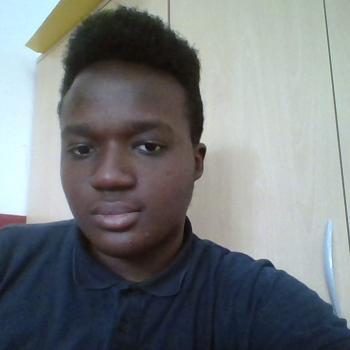 Babysitter Frankfurt am Main: Victor Ohikhuare