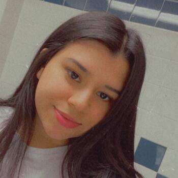 Baby-sitter Toronto: Nidia