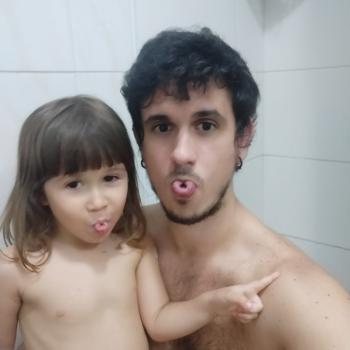 Trabalho de babysitting Maia: Trabalho de babysitting Guilherme