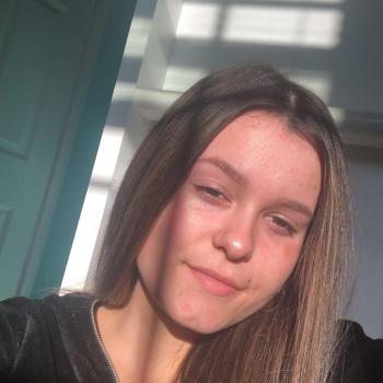 Babysitter in Milford: Katelyn