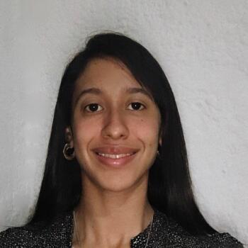 Babysitter in Colinas de Solymar: Maria Eugenia