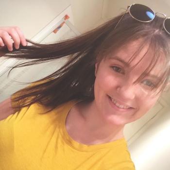 Babysitter Adelaide: Caomhe