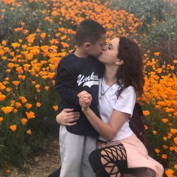 Babysitter Huntington Beach: Charizma
