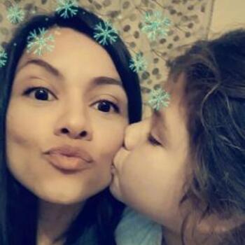 Babysitter Queenstown: Shiara Rodriguez