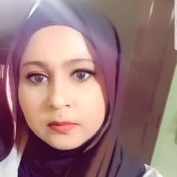 Babysitter Singapore: Noor rita