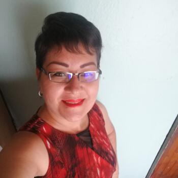 Niñera en San José: Cinthia