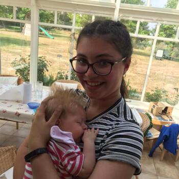 Babysitter Camberley: Heather