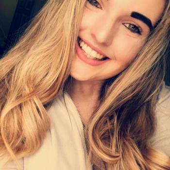 Babysitter Tampa: Katelyn