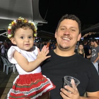 Babysitting Jobs in Ponta Grossa: babysitting job Renan