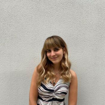 Baby-sitter in Perpignan: Emma