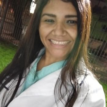 Babá Piraquara: Claudete