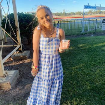 Babysitter in Townsville: Jessica