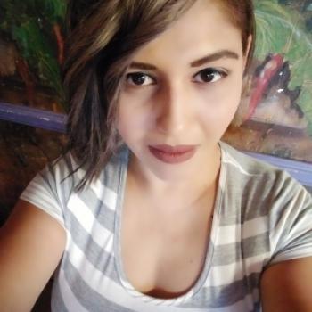 Babysitter San Antonio: Claudia