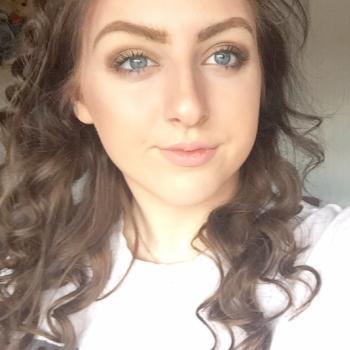Babysitter Stoke-on-Trent: Izzie