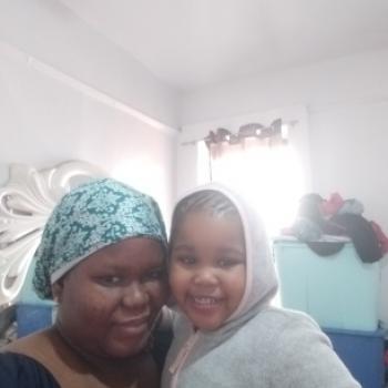 Babysitter The Bronx: Mariama bah