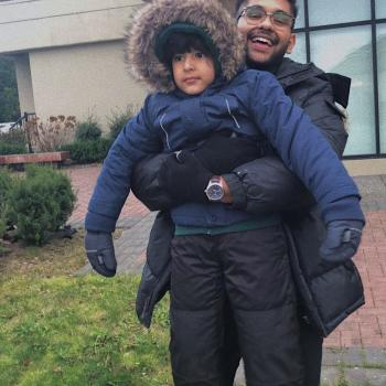 Babysitter Surrey: Mujtaba