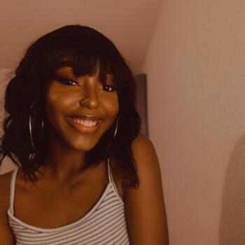 Babysitter in Sainte-Croix: Stella