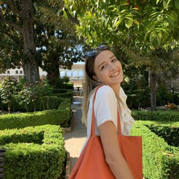Baby-sitter in Levallois-Perret: Candice