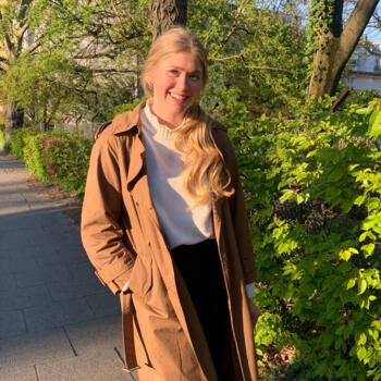 Babysitter in Hamburg: Stina