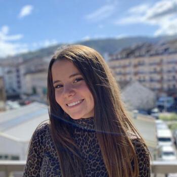 Baby-sitter in Annecy: Clara