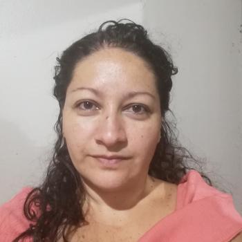 Niñera en San Antonio: Bela
