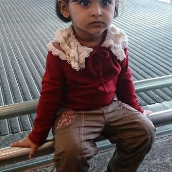Babysitter Singapore: Nor farhain