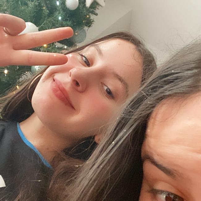 Babysitter in Charleroi: Joana