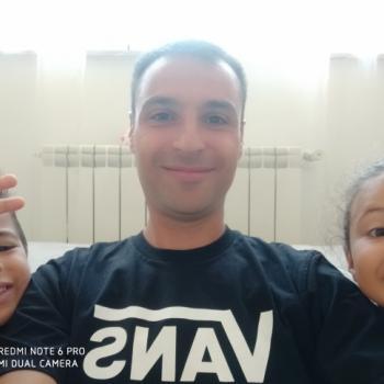 Lavoro per babysitter a Roma: lavoro per babysitter Luca