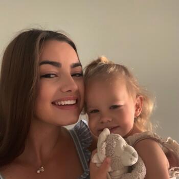 Babysitter a Zurigo: Noémi