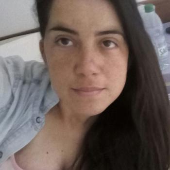 Niñera San Carlos: Angela