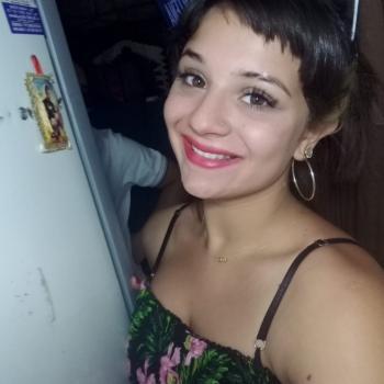 Babysitter in Morón: Mayra