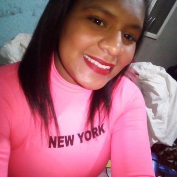 Babá em Nova Lima: Tais Rocha