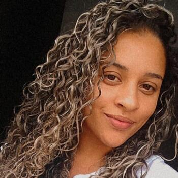 Babysitter in Palhoça: Priscila