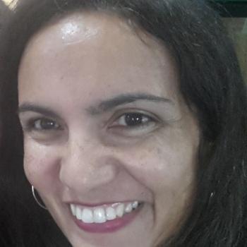 Babysitter Braga: Monica