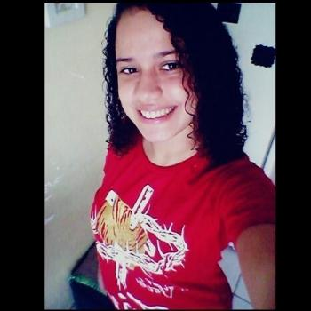 Babysitter Fortaleza: Natalia