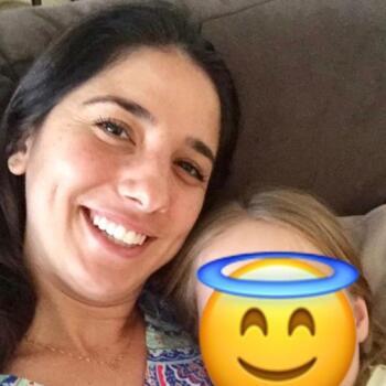 Babysitter Brisbane: Flavia