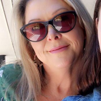 Babysitter Brisbane: Lorelle