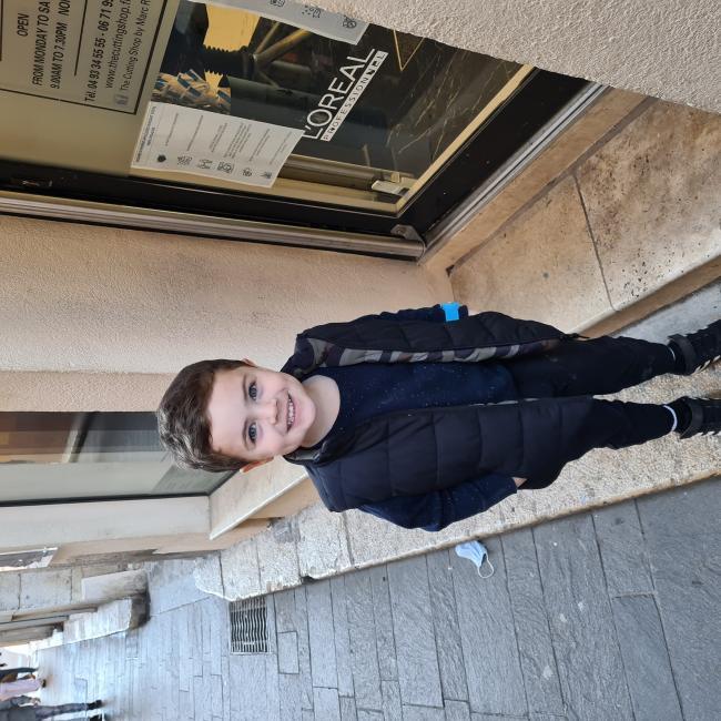 Babysitting job in Biot: Craig