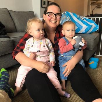 Baby-sitting Calgary: job de garde d'enfants Lisa