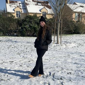 Baby-sitter in Montesson: Sophie