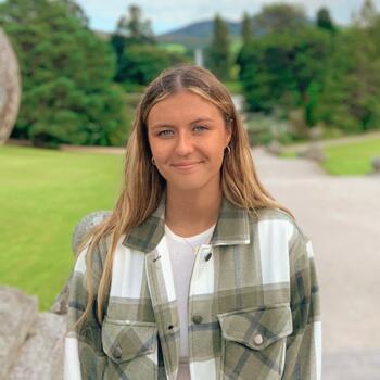 Babysitter in Navan: Léa Rodriguez